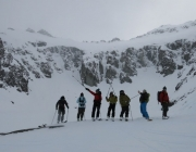 patagoniahuttohutbackcountrytouring_4