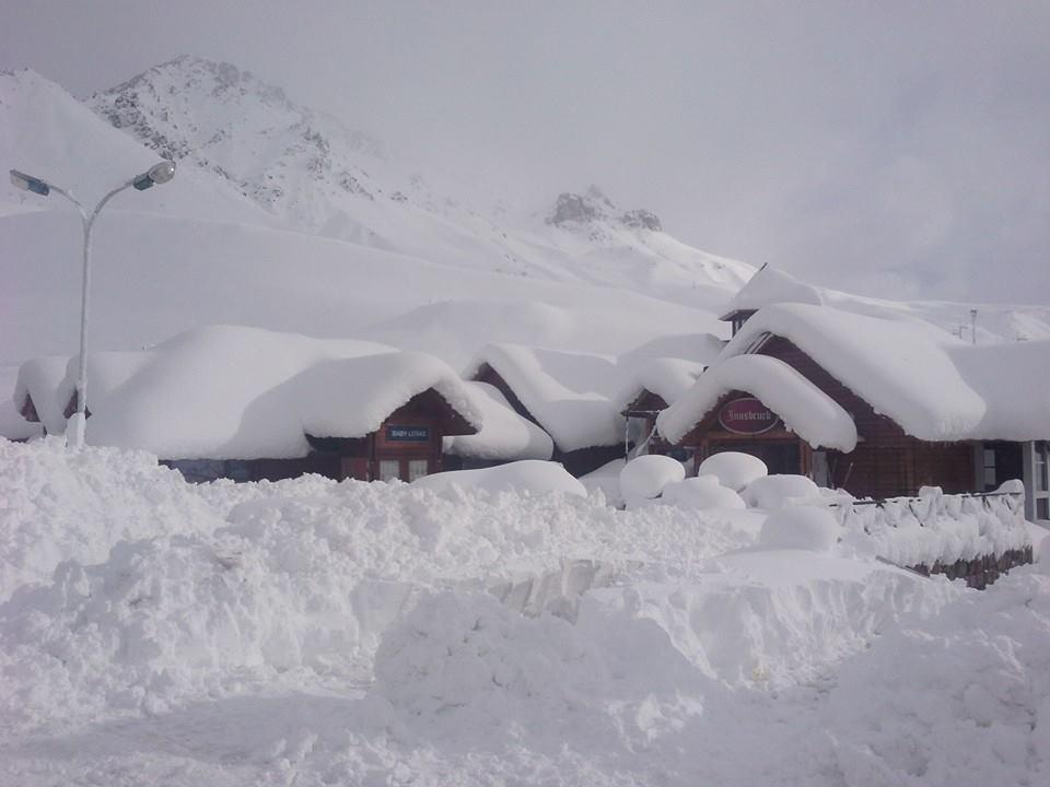 las lenas deep snow