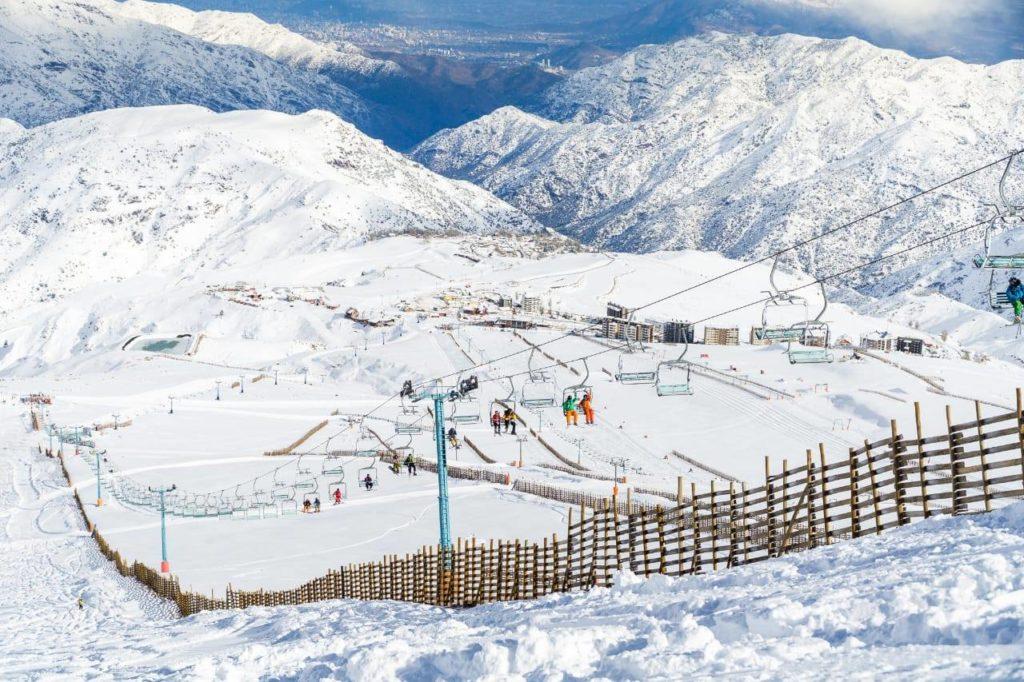 el colorado santiago's closest ski resort