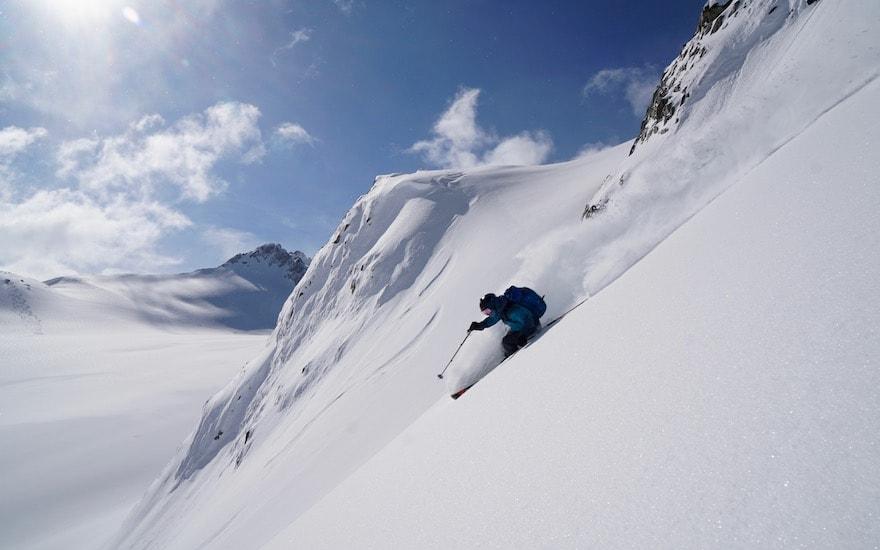 canada ski tours