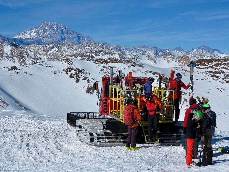 cat-skiing-chile