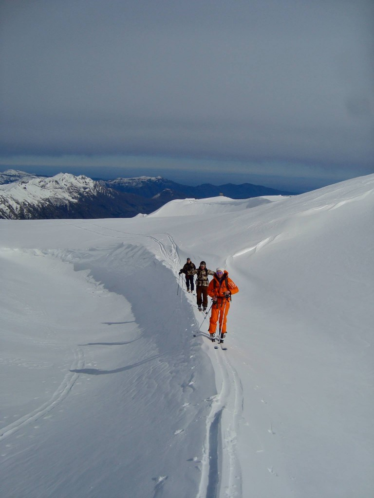 hiking-southamerica-mountainskiing