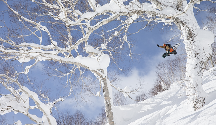 snowboarding in hokkaido