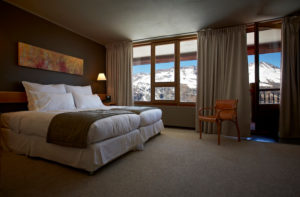 hotel valle nevado bedroom