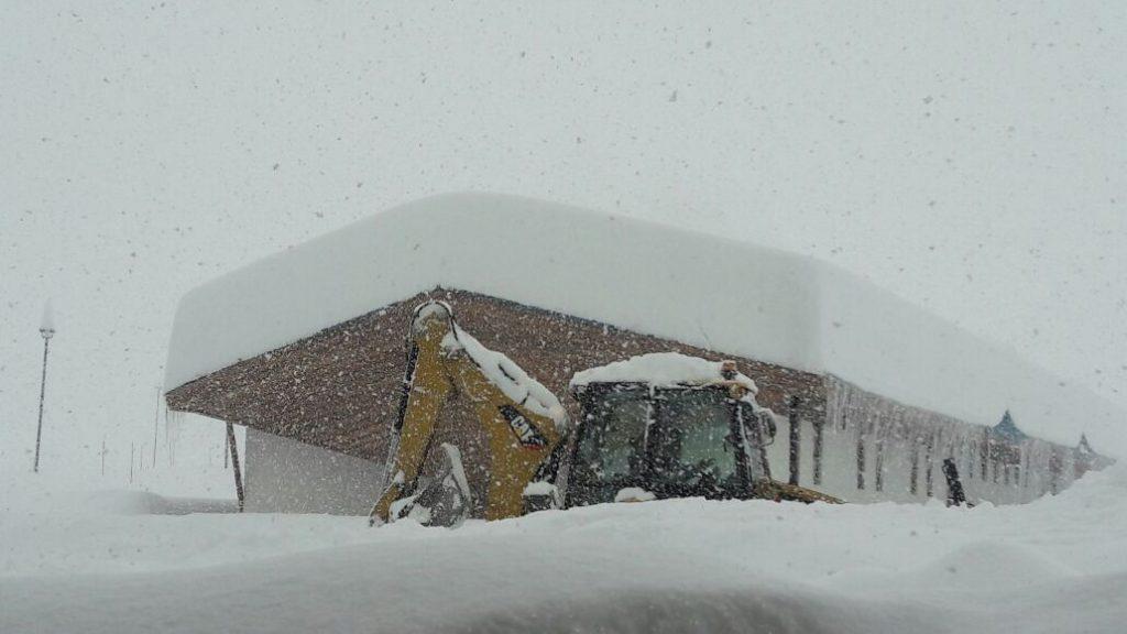 portillo snowfall reaches 7 feet