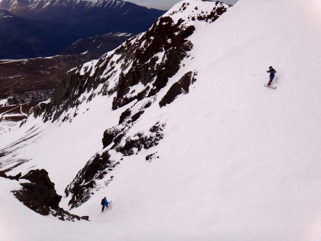 skiing-southamrica-womenskiing